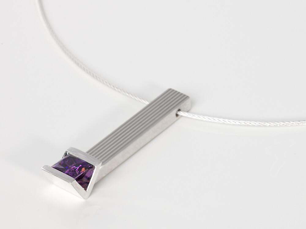 Collectie foto 7 - MG-Hanger met paarse steen Amethist WV20141211-03424-L